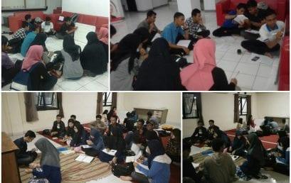 Belajar Bersama Jelang UTS di Dorm Response UTS-1